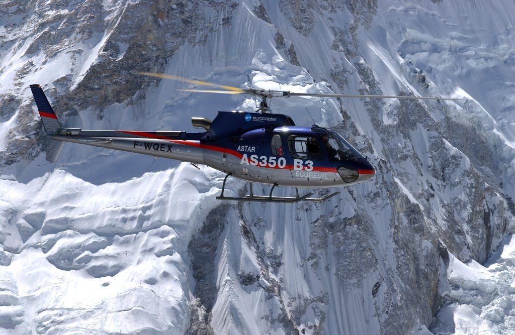 everest helicoptere magazine aviaition