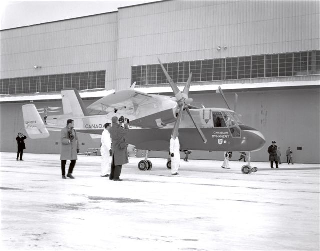 LE CL-84 DYNAVERT DE CANADAIR AVEC ROTORS BASCULANTS EN VOL DE TYPE V\STOL