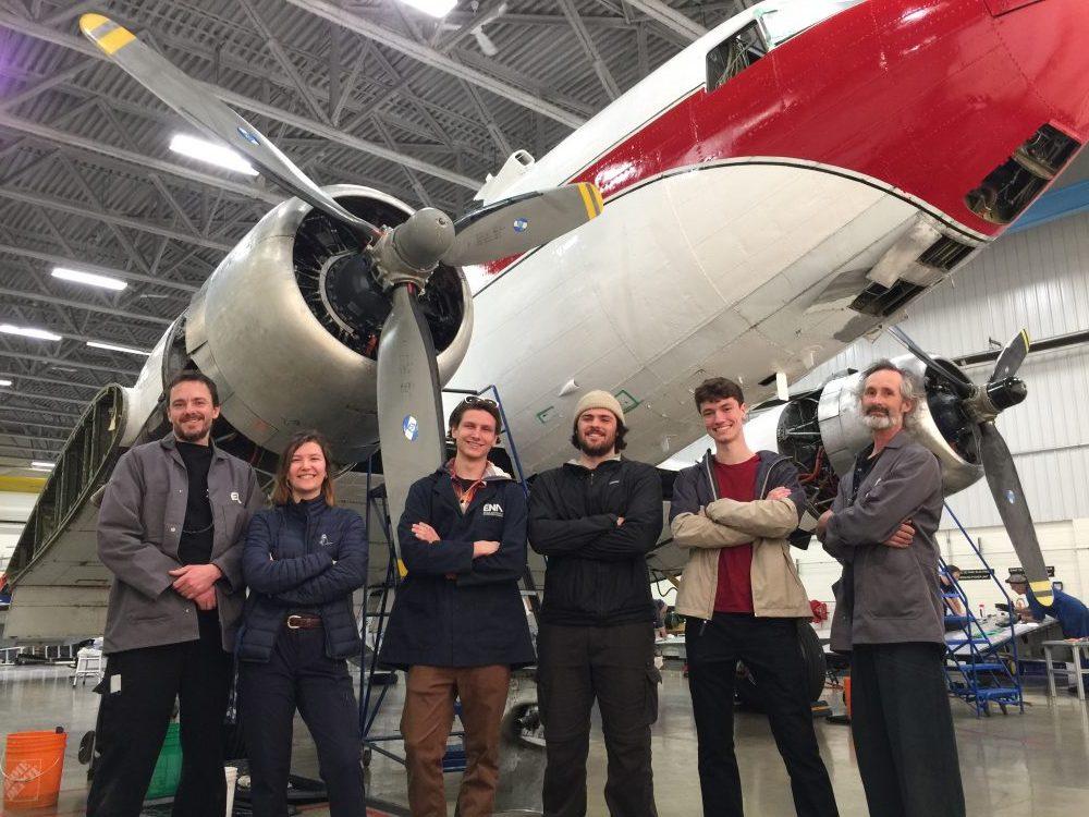 RÉSURRECTION D'UN DOUGLAS DC-3 À L'ÉNA GRÂCE À PLANE SAVERS